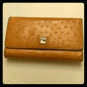 Vintage Dooney & Bourke Ostrich leather wallet